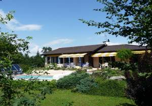 Residence for sale in France, overlooking Lake of Geneva